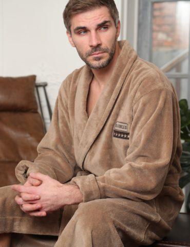 Continental (бежевый) классический мужской халат из бамбука