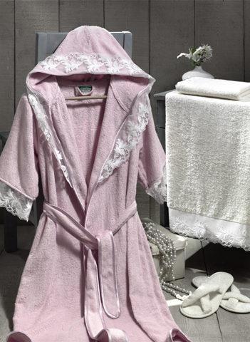 Подарочный набор: халат, 2 полотенца, тапочки. Цвет - розовый