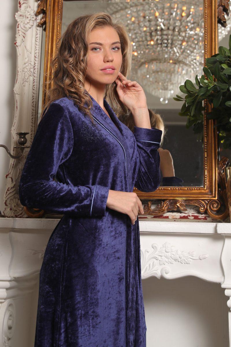 Antoinette (фиалка) женский велюровый халат